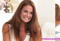 Peloso massaggiatrice sfregamento peloso vagina Lana Rhodes vecchie anziane porche