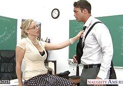 Hannah vecchie porche video Hays si tolse il vestito verde al casting e diede l'agente nella vagina dopo un pompino.