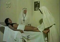 Procace ladies avere anale sesso su il divano. porno gratis vecchie porche