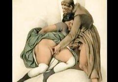 Cameraman scopata tra anziani dirige l'attrice in zampillante vagina con un tatuaggio sul cast