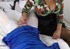 La donna in calze nere si masturba tagliato nei nonne troie amatoriale pantaloni.